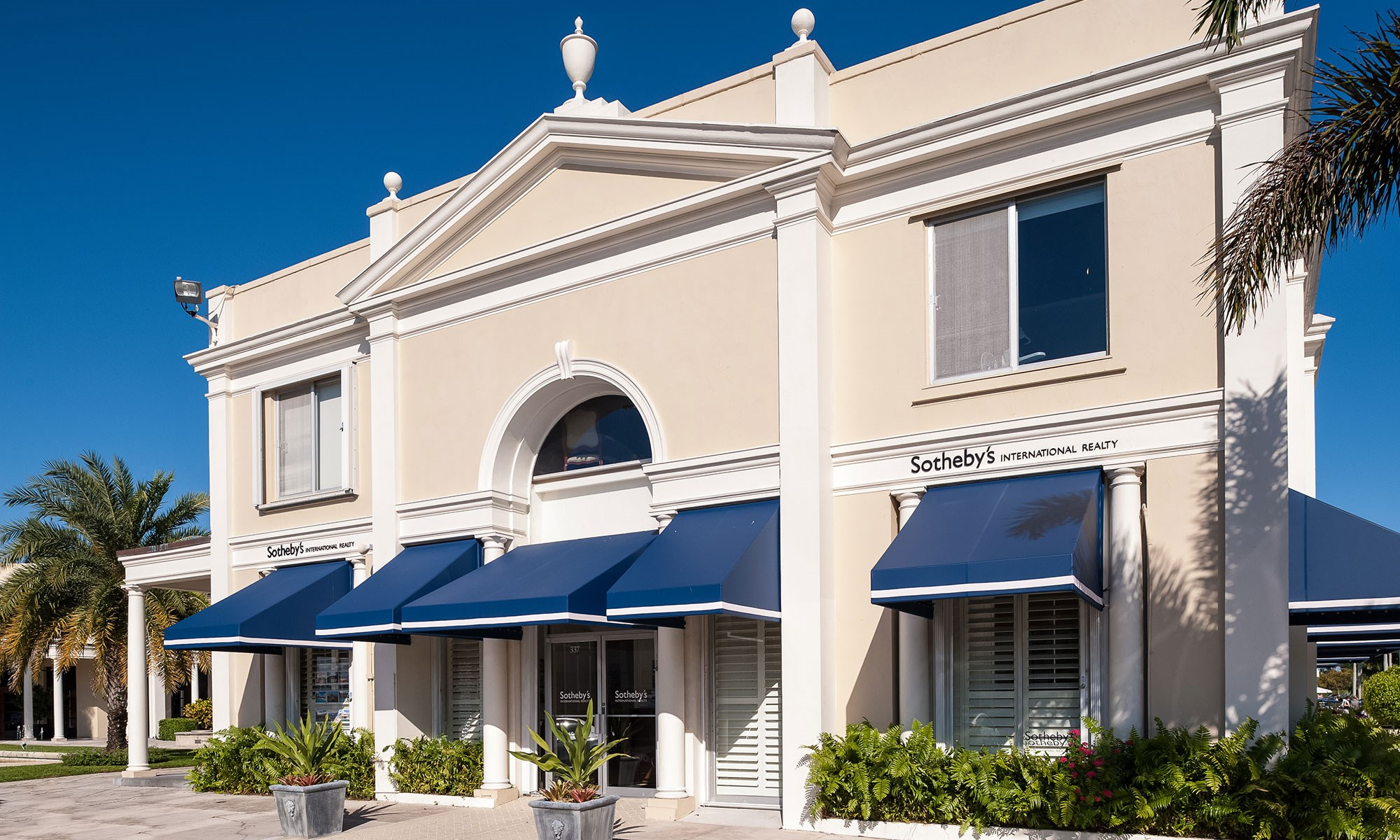 Luxury real estate offices sotheby 39 s international - Palm beach county property appraisers office ...