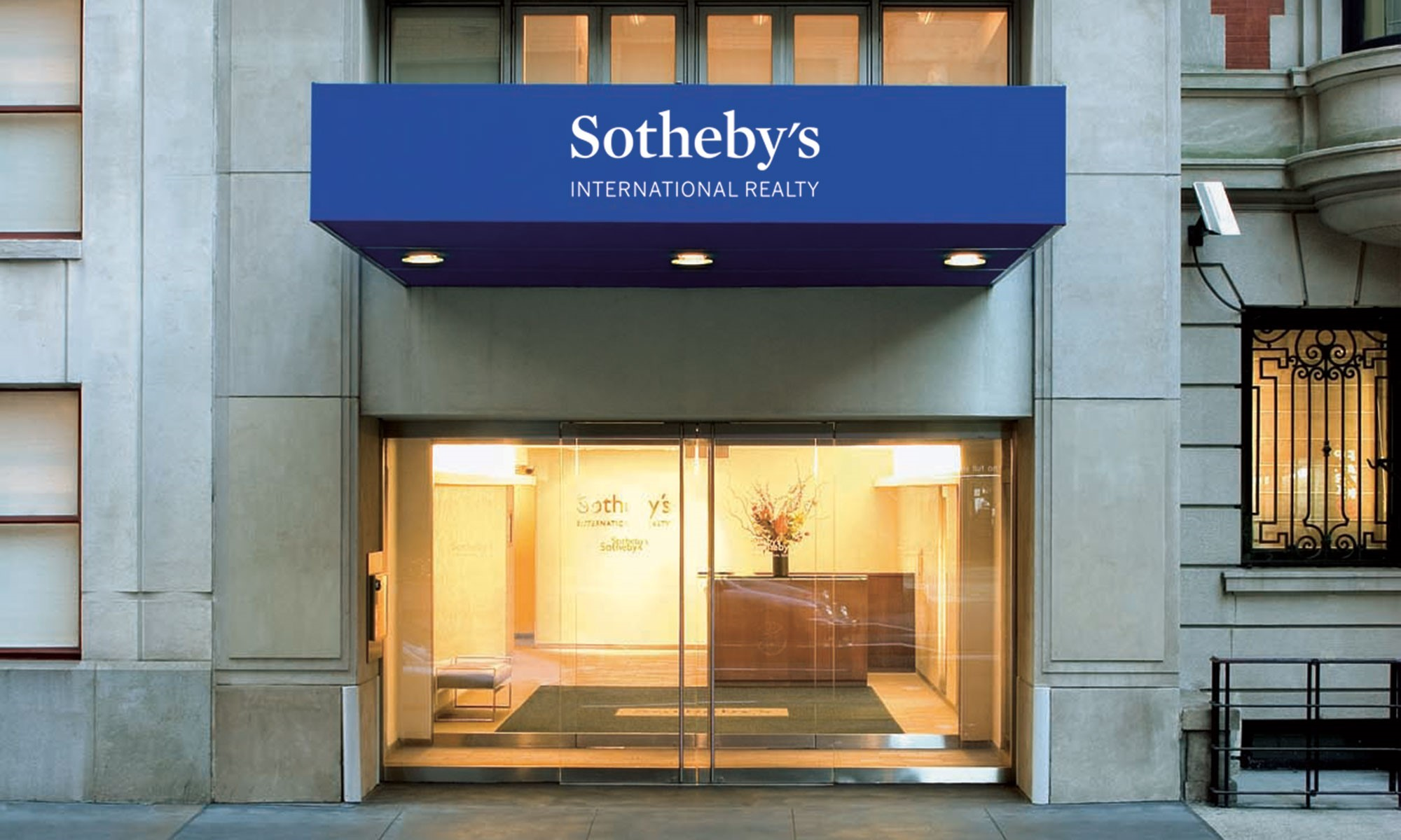 Luxury real estate offices sotheby 39 s international for Luxury nyc real estate